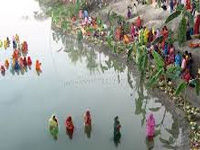 Ghats in a mess as devotees prepare for Chhath