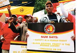 Mineworkers in South Africa demand safety rights