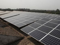 Govt should exempt solar units under SEZ from safeguard duty